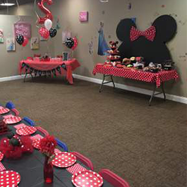 Mickey & Minnie Party setup