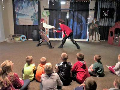 Your kids will love our pirate or dinosaur week in Cook County, IL